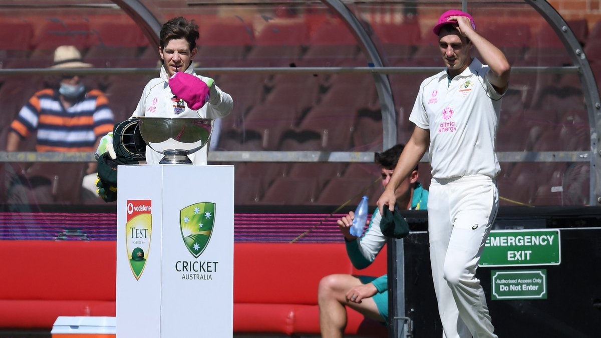 These Pink Baggies are up for auction for the @McGrathFdn!   You can bid for them here:  #PinkTest #AUSvIND