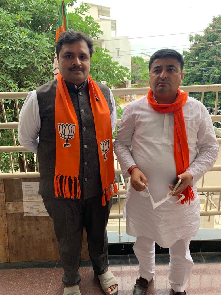 યુવાનો ના આદર્શ મોટાભાઈ શ્રી @pradipsinhbjym @pradipsinhbjp જી ને @BJP4Gujarat ભાજપા @BJPGujarat ગુજરાત પ્રદેશના મહામંત્રી ની મહત્વપુર્ણ જવાબદારી મળવા બદલ ખુબ ખુબ અભિનંદન 💐💐 #abhinandan #BJP #congretulations