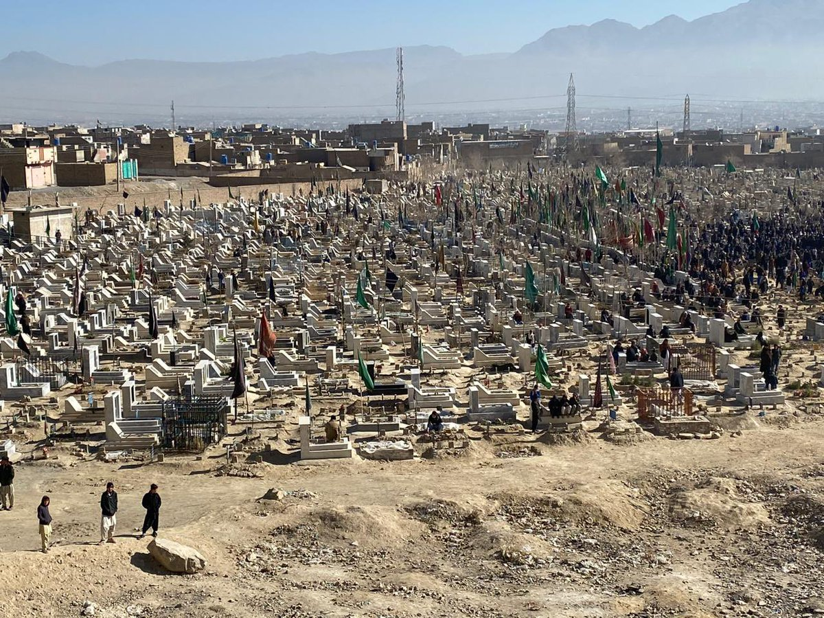 "Islam's history is full of valour& strength,but the golden chapters are written by most mazloom whether Karbala or Hazara After dust settles&everyone returns,this remains the only reality:graves of most mazloom community in🇵🇰 ""Surely we belong to Allah,and to Him shall we return"""