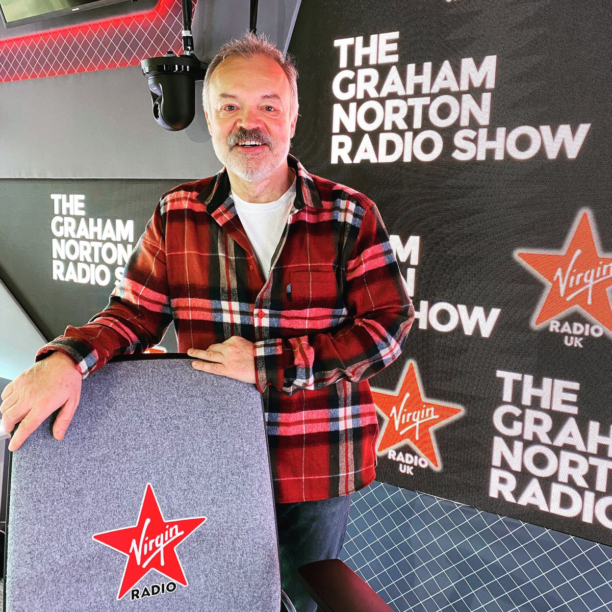 One of my fave things on a Saturday morning for giggles & entertainment is @grahnort and I am v happy his new @VirginRadioUK show is FABULOUS!!! Great guests and loving #TheGrahamNortonRadioShow 👏🏻👏🏻👏🏻👏🏻👏🏻🌟🌟🌟🌟🌟 #virginRadio