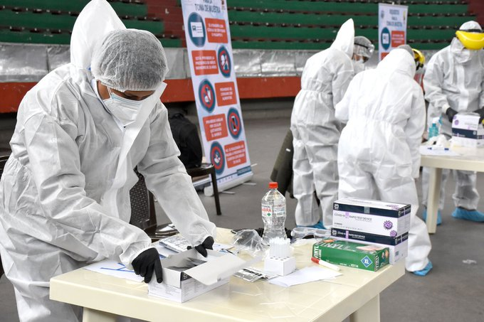 La OMS reporta cifra récord de muertes diarias de COVID 19