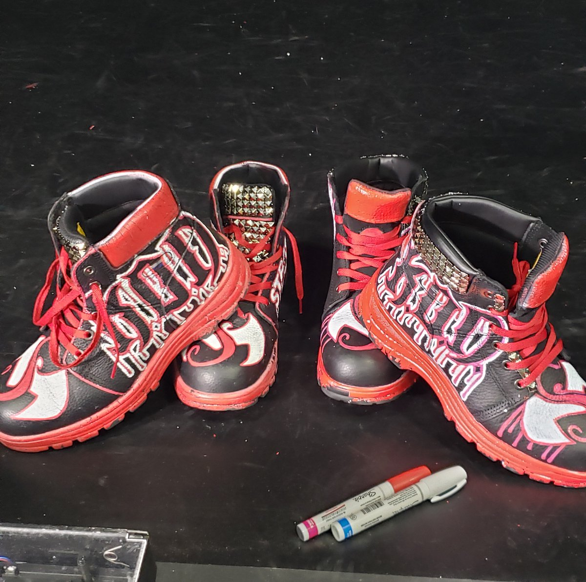 The K.O.D. boots that were worn on the last livestream by @TechN9ne and @KrizzKaliko are up for auction! Proceeds go to #CrewNation which helps the people affected by COVID-19 in the live music business. Hit the link below to bid!
