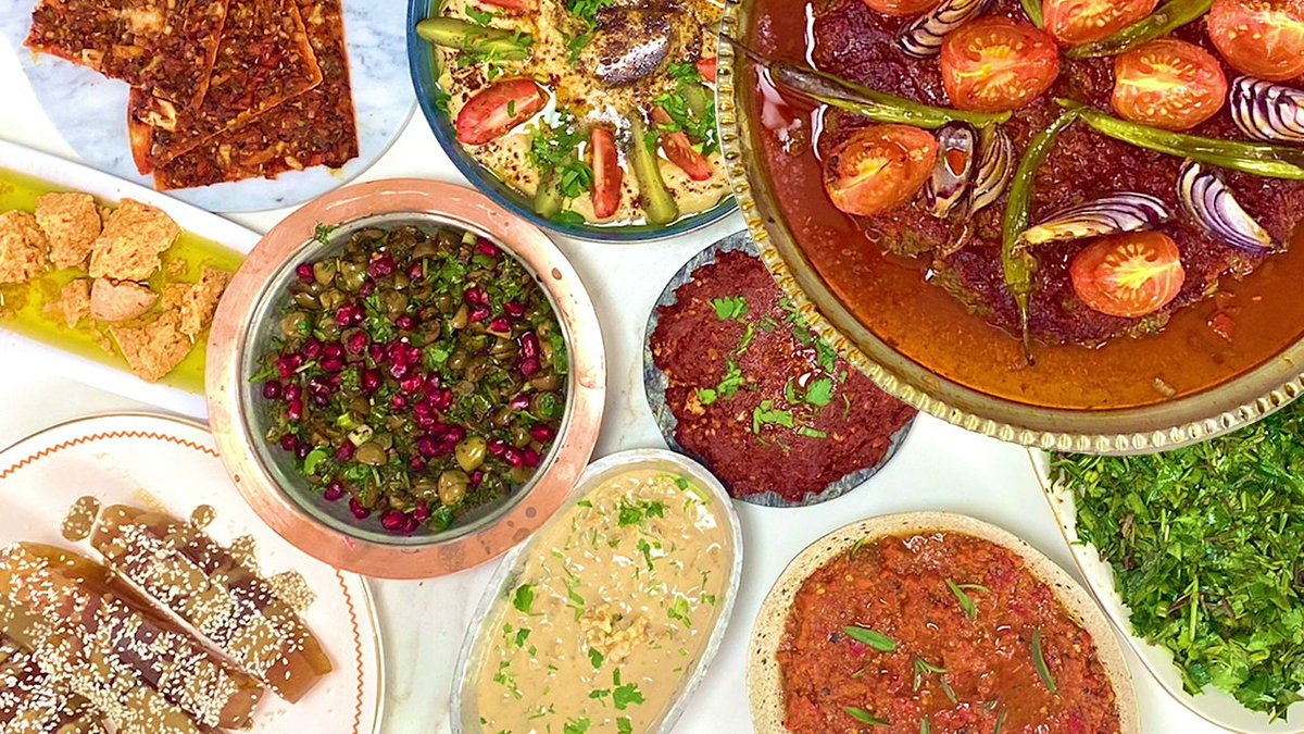 Our new video where we introduce you to the GRAND Turkish (Antiochia) Dinner is up on our Youtube channel! 😍 Don't forget to check itout via the following link! 👉https://t.co/hHSsUp2PhU  Antakya sofrasının lezzetli güzellikleri şimdi yayında! https://t.co/83CoOvSqrs