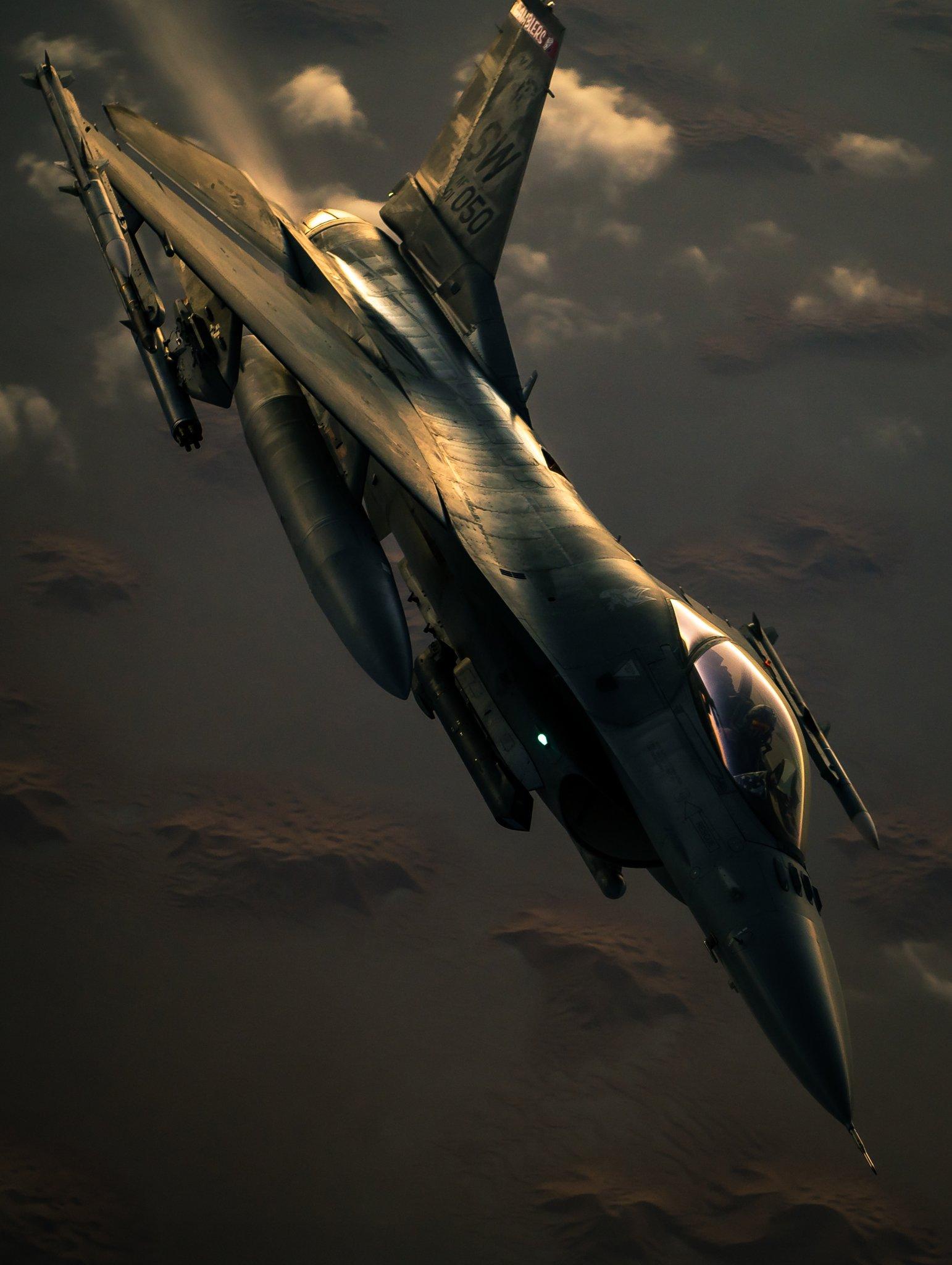 US Air Force - USAF - Page 30 ErTrmNAXUAkYuDH?format=jpg&name=large