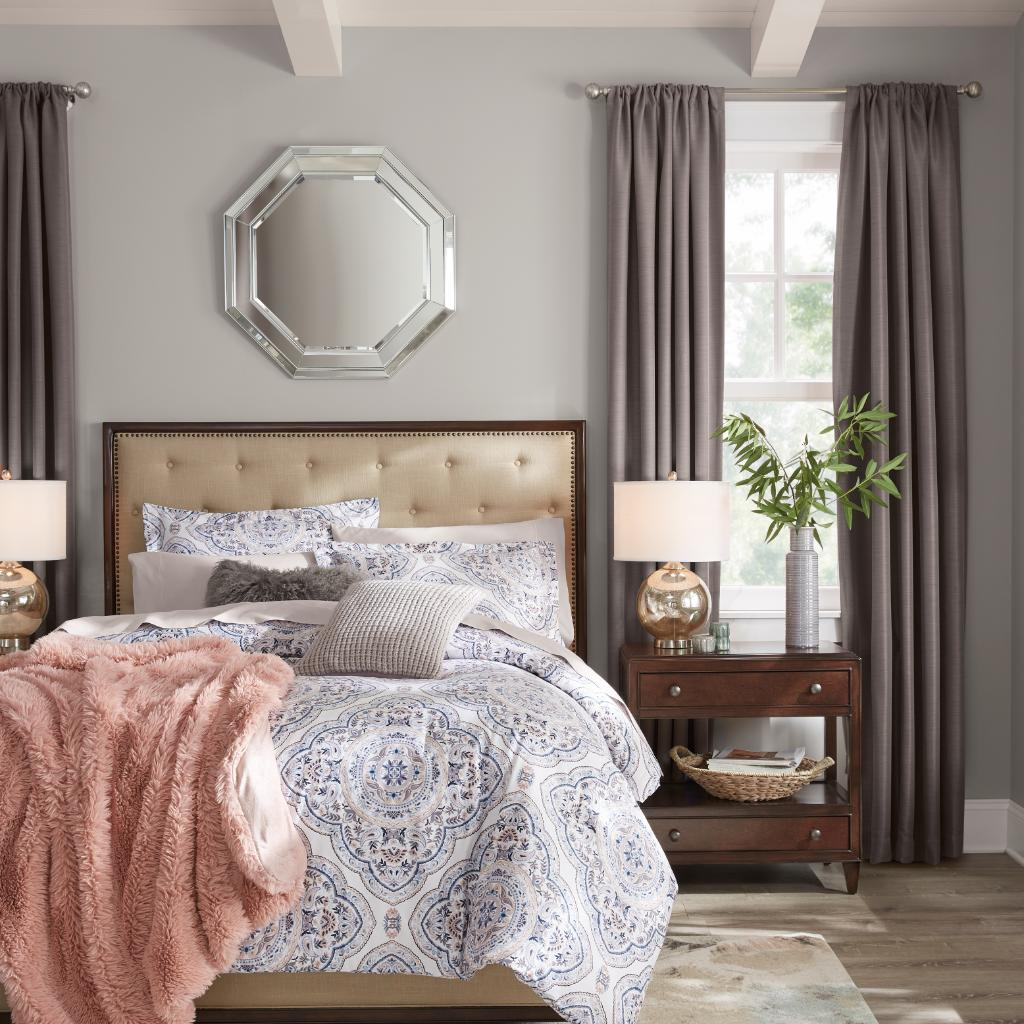 New bedding is the simplest way to refresh your bedroom. Add in some curtains and wall decor as well, and you'll have a brand new space in minutes! https://t.co/hfkpoOwLgD https://t.co/E68AMYOJdD