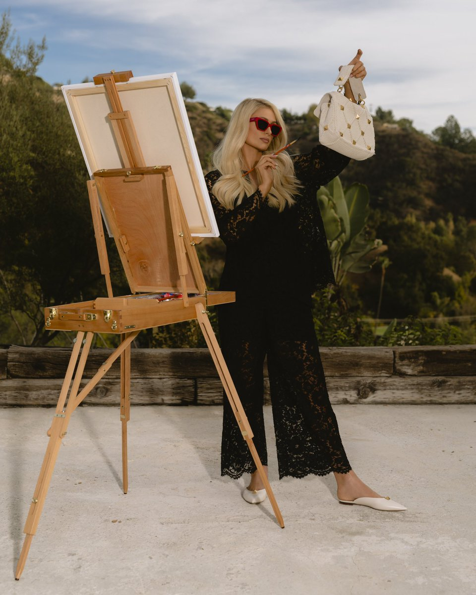 Your life is a canvas. Create a masterpiece. ✨🎨💃🏼✨