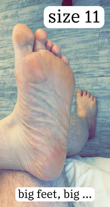 3 pic. Had some requests to show off my feet, so here you go, boys. RT if you'd rub them and suck on
