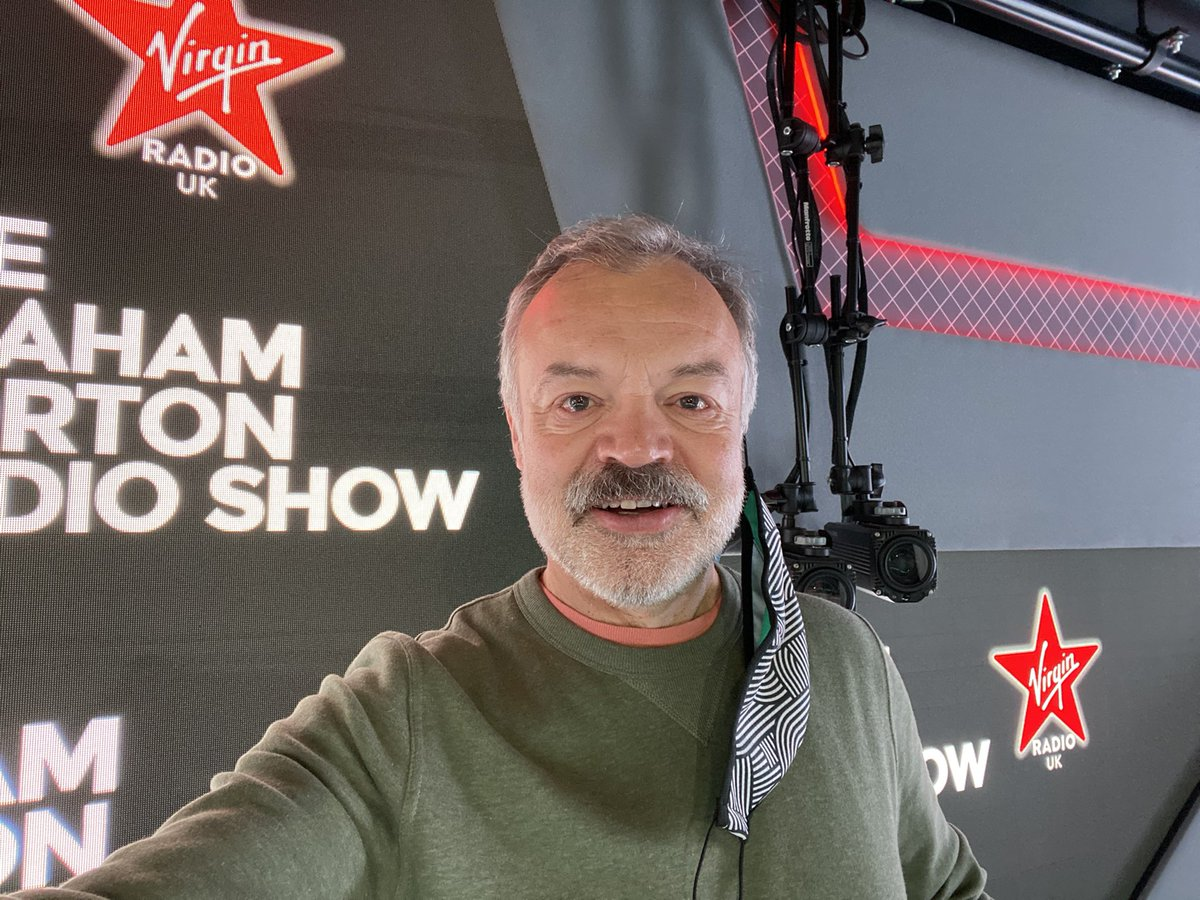 Surprise! Back on @VirginRadioUK this morning from 9.30! Grab a dab radii, a laptop, smart speaker or download the app!