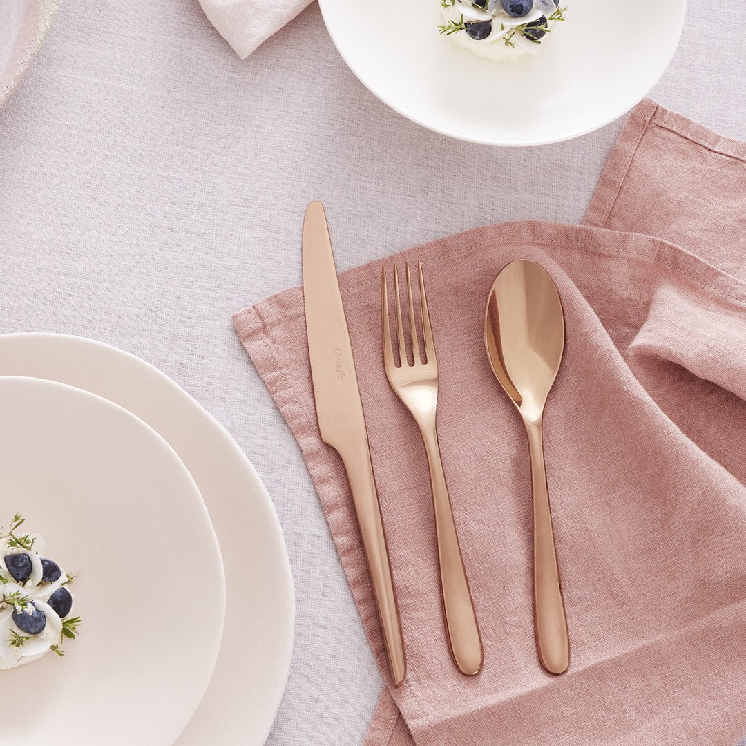 The copper colorway enhances the pure line of the 'L'Âme de Christofle' collection, pieces with a sensual and streamlined silhouette. Shop online at https://t.co/epSXkBDN23  #Christofle #LamedeChristofle #collection #flatware #dinnerware #Lamecopper #Jashanmal #Bahrain https://t.co/6QJ7IWhKyf