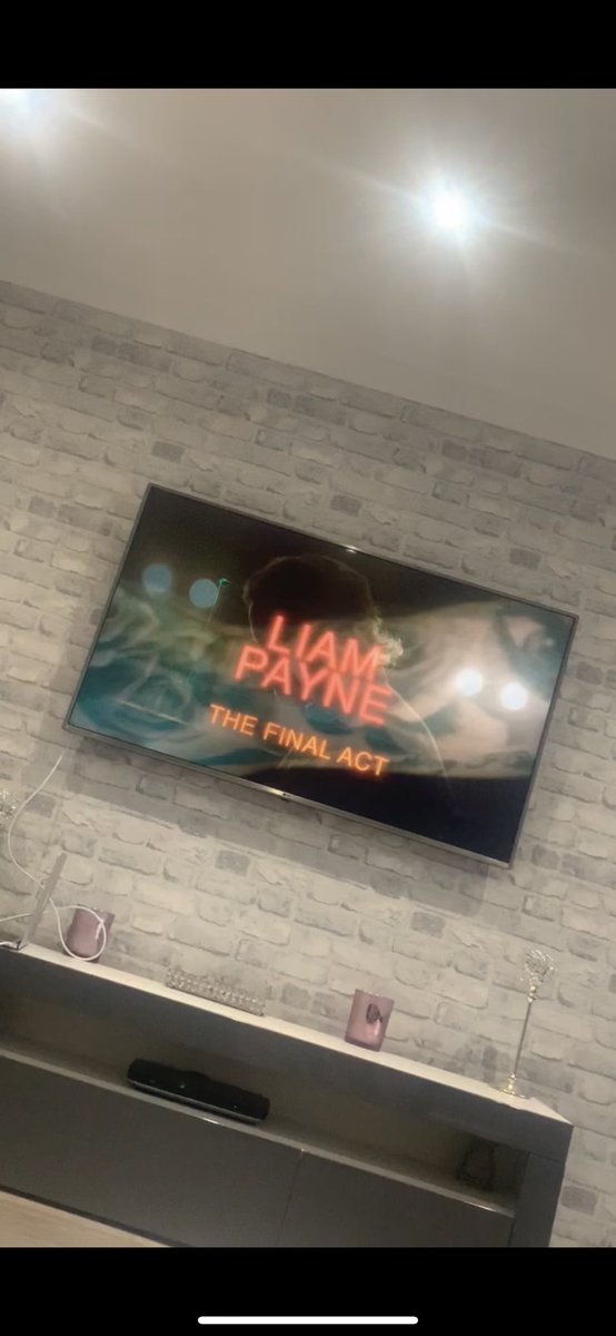 not me watching the show again🤩 @LiamPayne #LPTheFinalAct
