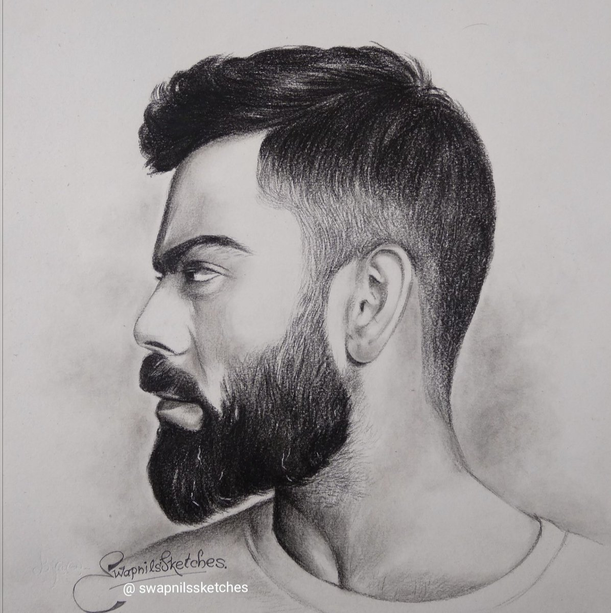 @imVkohli Your sketch by me champ.,💕🥰
