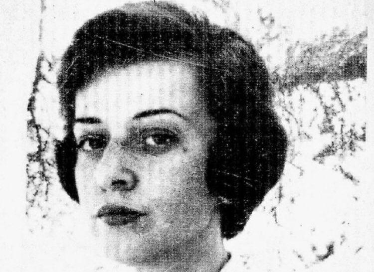 Replying to @InternoPoesia: «Due mondi - e io vengo dall'altro».  Cristina Campo ❤️ (28 apr. 1923 - 10 gen. 1977)