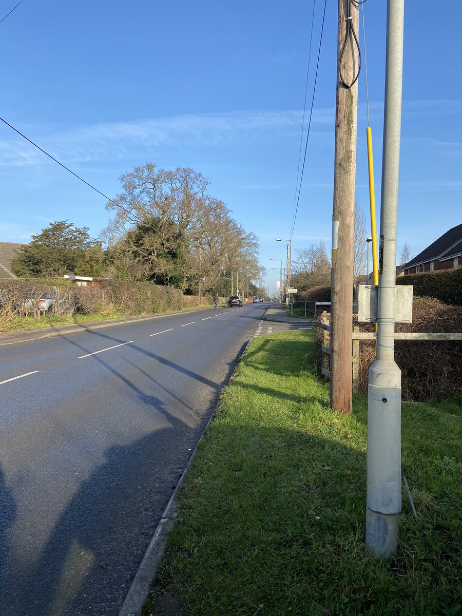 Speed check, Frome Road in Trowbridge this morning, lots of walkers and cyclists around, 1 driver reported for excess speed 15 drivers given advice #slowdownsavelives #SRSU #5940 #fatal4 #NoExcuses