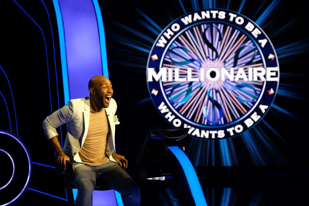 Get excited! @Karamo is playing on #WhoWantsToBeAMillionaire, TONIGHT! Tune in to watch him play for the $1 million 🤩