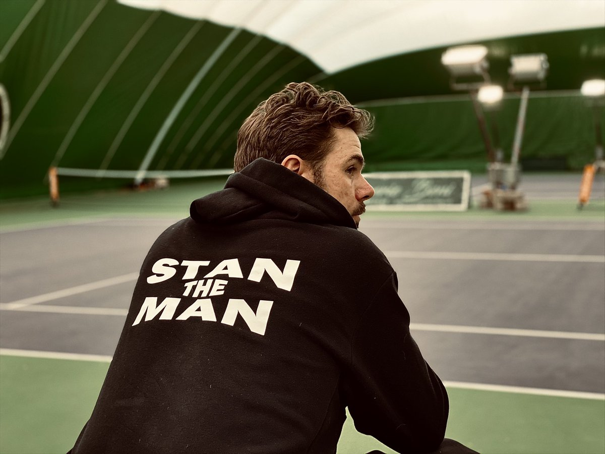 Stan The... hoodie Man ! What do you guys think of the new Stan X Yonex hoodie?! 🙄🧸💥♟🎲 #stantheman #hoodie #staytuned #newproject https://t.co/41RbYee93G