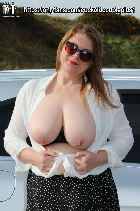 1 pic. 🎶If you go down to the woods today you might get an eyeful of my big milfie boobs🎶  Then again