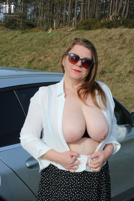 2 pic. 🎶If you go down to the woods today you might get an eyeful of my big milfie boobs🎶  Then again