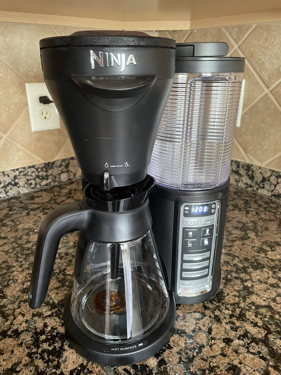 VALtheVAL - Ninja is making my coffee this morning