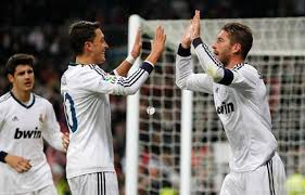 @MesutOzil1088 @MesutOzil1088 Will sergio ramos go down as of the best defenders in history? Because i think he will. #AskMesut