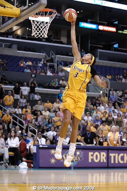 2⃣ days until we release our @JerseyMikes Naismith HS Girls POY midseason team!  #DidYouKnow former Naismith Girls HS POY @Candace_Parker was the *second* player in @WNBA history to dunk during a regular-season game 😲
