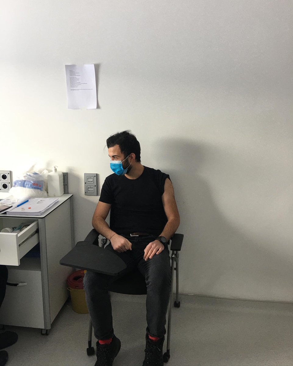 L O A D İ N G. / 💉🧬🦠 #backstage #ankara #me #life #happy #day #health #energy #loading #shadow #online #apple #new #black #good #pandemic #sinovac #relax #white #iphone #popular #covid_19 #covid #clinic #black #dark #aşı #swag #hospital #good #grey #vaccine
