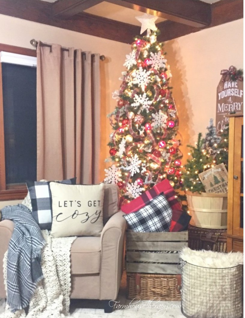 All is calm in the Merry and Bright Holiday Home Tour! Come check it out!   #christmas #christmasdecor