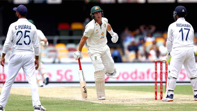 Australia 149-4, leads India by 182 at lunch on day 4 Photo
