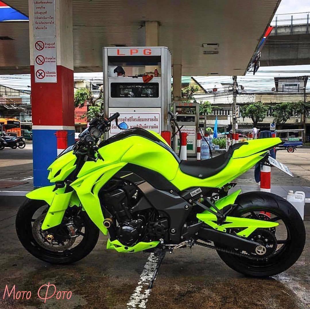 Красавец  #мото #мотоцикл #moto #motorcycle #мотожизнь #байк #мотоциклы #motogirl #мотосезон #honda #motolife #yamaha #классическиемотоциклы #мотомосква #bike #suzuki #москва #kawasaki #bikelife #motorbike #байкеры #мотодевушка #instamoto