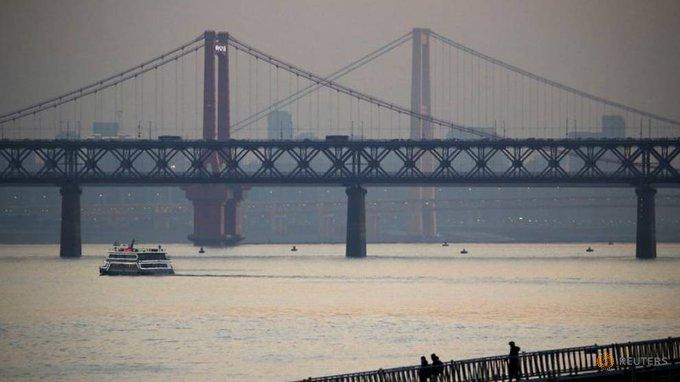 China Environmental Groups Slam Plan to Dam Key Lake on Yangtze River Photo