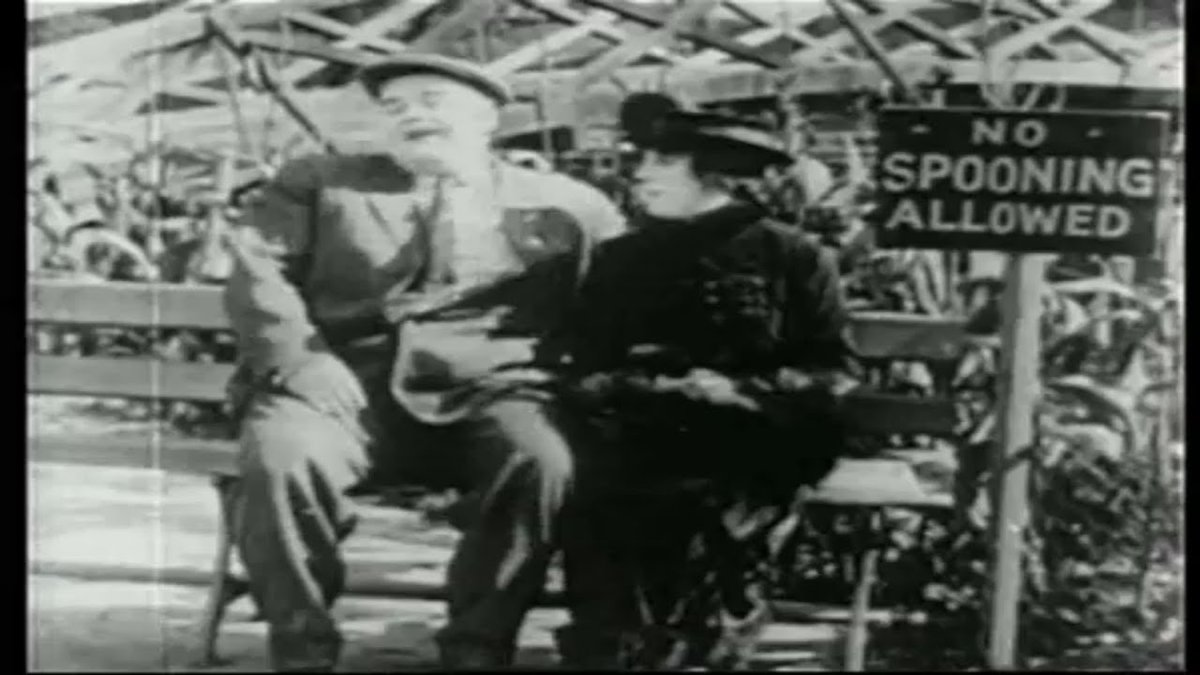 #comedy #CharlieChaplin #comedyvideo #RoscoeArbuckle #fatty #comedian #funny #MEMES #jokes #comedians #funnyvideos #humor #blackandwhite #LOL #laugh #comedyclub #comedyshow #fun #hilarious   Roscoe 'Fatty' Arbuckle -Fatty's Spooning Days 1915  Watch Now: