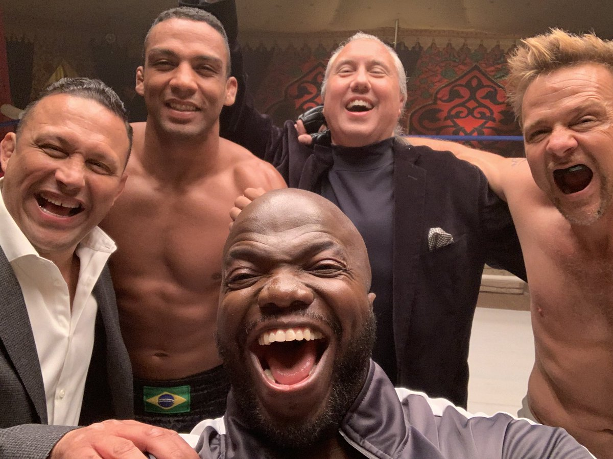 We had a little fun on this movie. The one and only @renzograciebjj @spflanery @edsonbarbozajr @mauricecompte #dennisquaid  'Born A Champion' premieres THIS WEEK 1/22 in select theaters and streaming and On Demand.  🙏🏿👊🏿❤️#bjj @ufc #seanpatrickflannery #edsonbarboza #mma https://t.co/u47M7TdZpg