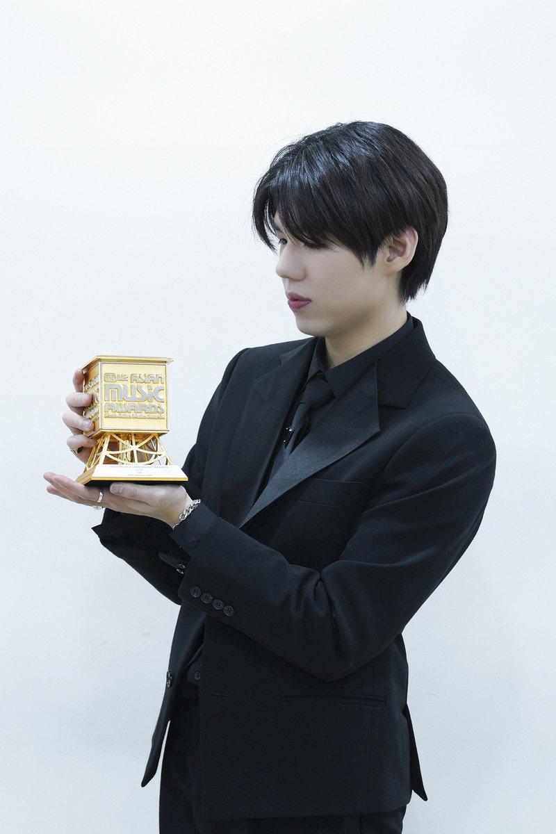 [#2020MAMA_Moment] BEST OST Winner #가호 #시작 #이태원클라쓰  #Thankyou #MAMA #PinkWalk!!  #2020MAMA #Mnet #BestOST #Gaho #StartOver