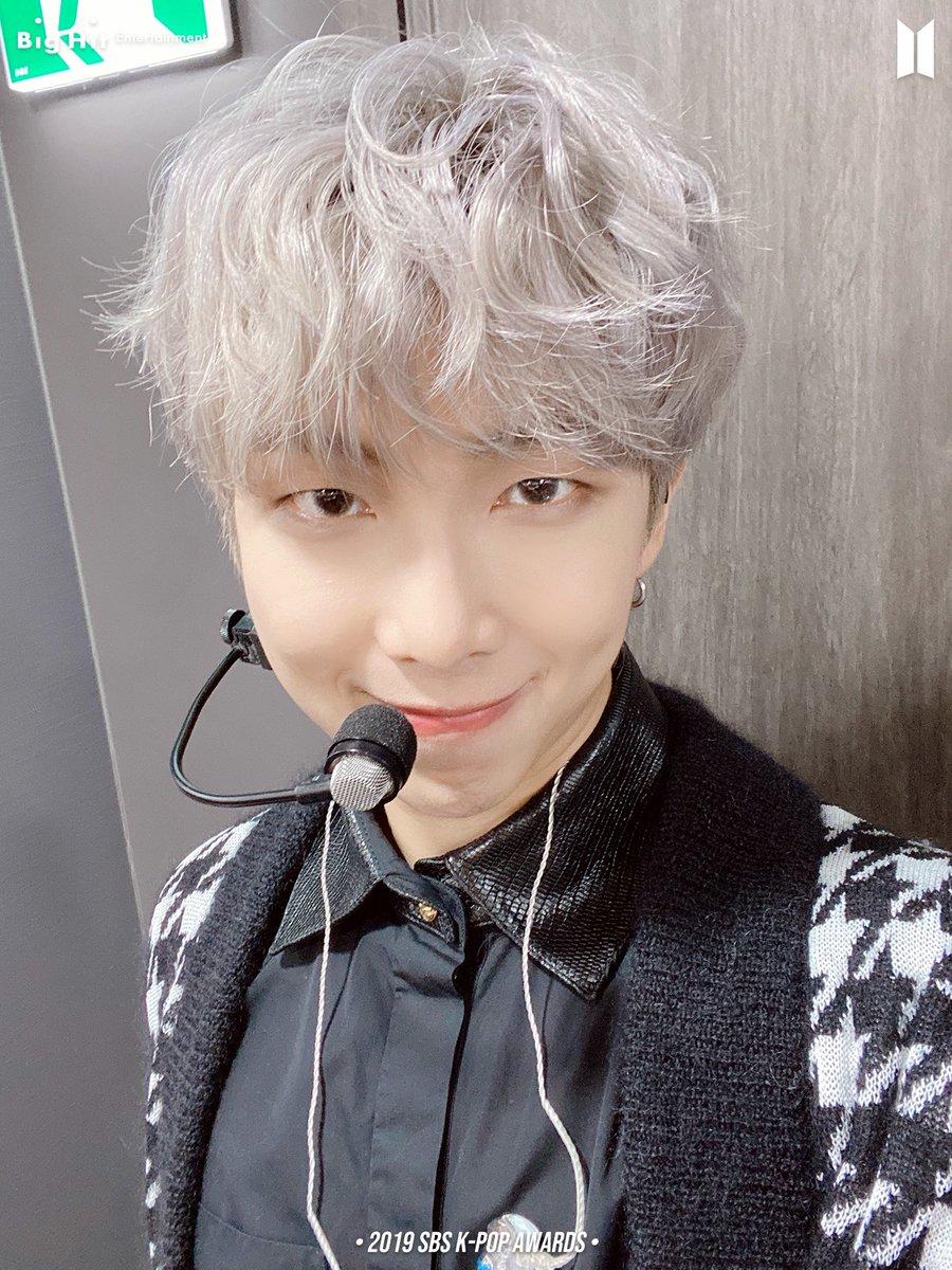 [210118 #오늘의방탄]  BTS Selca 2019-2021💜  ▶️2019 SBS K-POP AWARDS✨  🔗   #RM #JIN #SUGA #JHOPE  #BTS #방탄소년단 @BTS_twt
