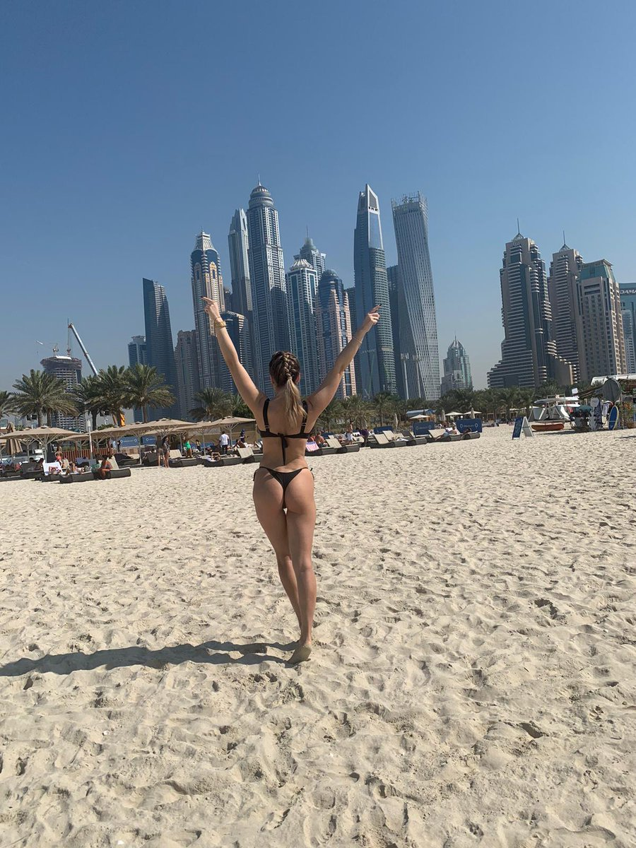 Life is good at the beach  #exclusivemodel #jasmindotcom #livemodel #livejasmingirls #dxb #love #photooftheday #dubailifestyle #beach #travel #beachvibes  #bikini @KendallPirce only on @LiveJasmin