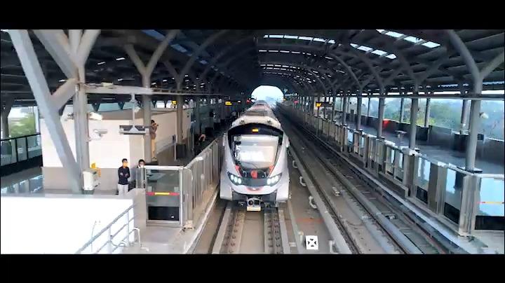 Replying to @narendramodi: सूरत मेट्रो रेल इस शहर की प्रगति को अविरल गति देने का काम करेगी। #GujaratMetroRevolution