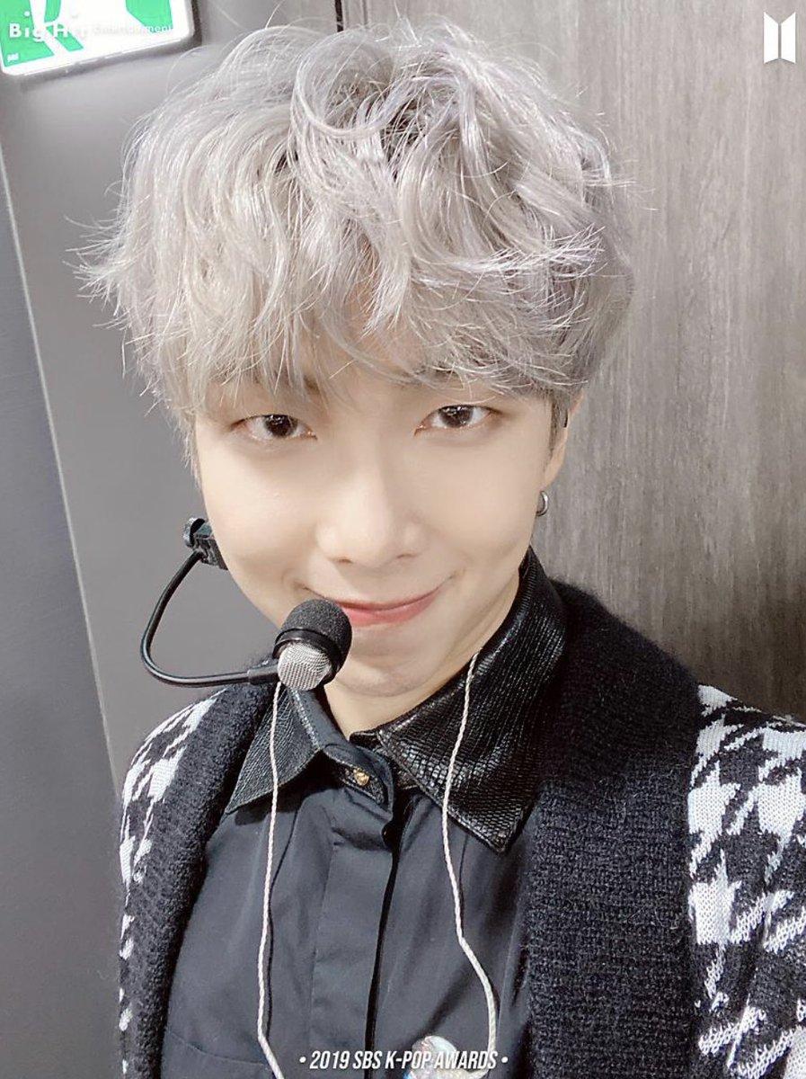 [PHOTO] 210118 - BTS 2019 SBS K-POP AWARDS [1/2]  #bts #방탄소년단 #kpop @BTS_twt