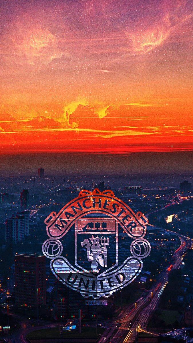 #Goodmorning #ManchesterUnited 💪🏼🖤❤️🖤❤️