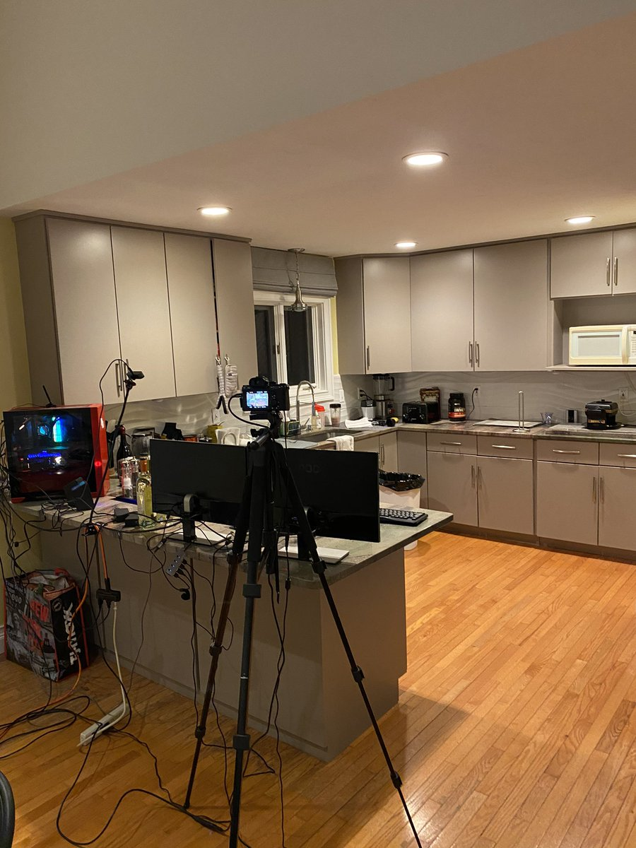 Heelmike - LIVE IN 15 MINS WITH A COOKING STREAM WITH @babypeachhead LETS FUCKING GO IM SO HYPED