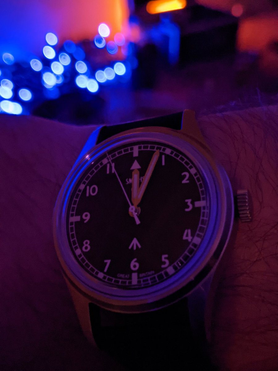 Smiths PRS-29A.  I've done a couple videos on this watch, be sure to check them out!    #smiths #smithswatches #fieldwatches #militarywatches #toolwatches #watches #horology #watchreviews #youtube @TimeFactors