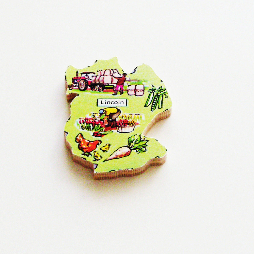 Handmade Lincoln England Brooch - Pin / Wearable History / ME2Designs Upcycled Vintage 1960s Wood / Timeless Unisex Jewelry Gift Under 15 https://t.co/laK4XQEeQC #Etsy #handmade #ME2Designs #WoodJewellery https://t.co/PAPTNtAIMk