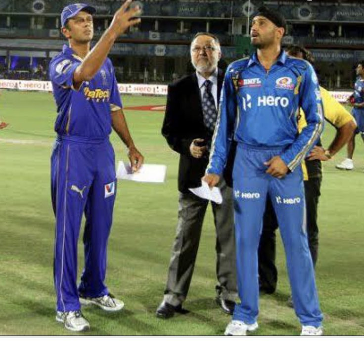 Happy birthday jam.. Have a great year ahead.. Much love #HappyBirthdayRahulDravid