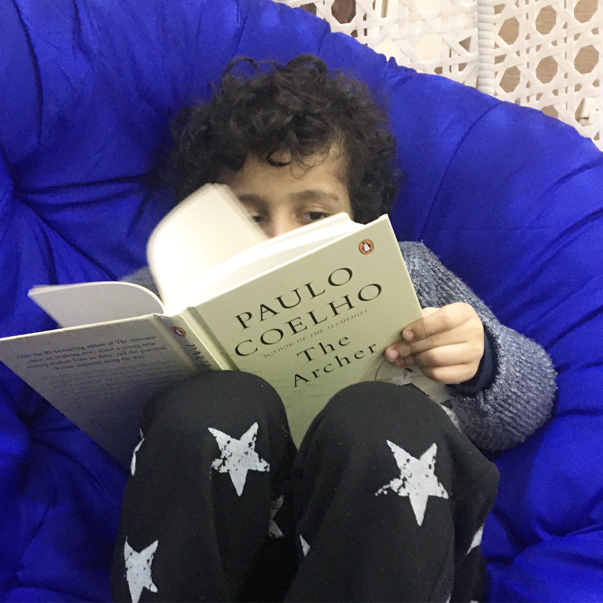@paulocoelho My three year old son loved the illustrations. A wonderful book. I read it in less than 60 min. #TheArcher