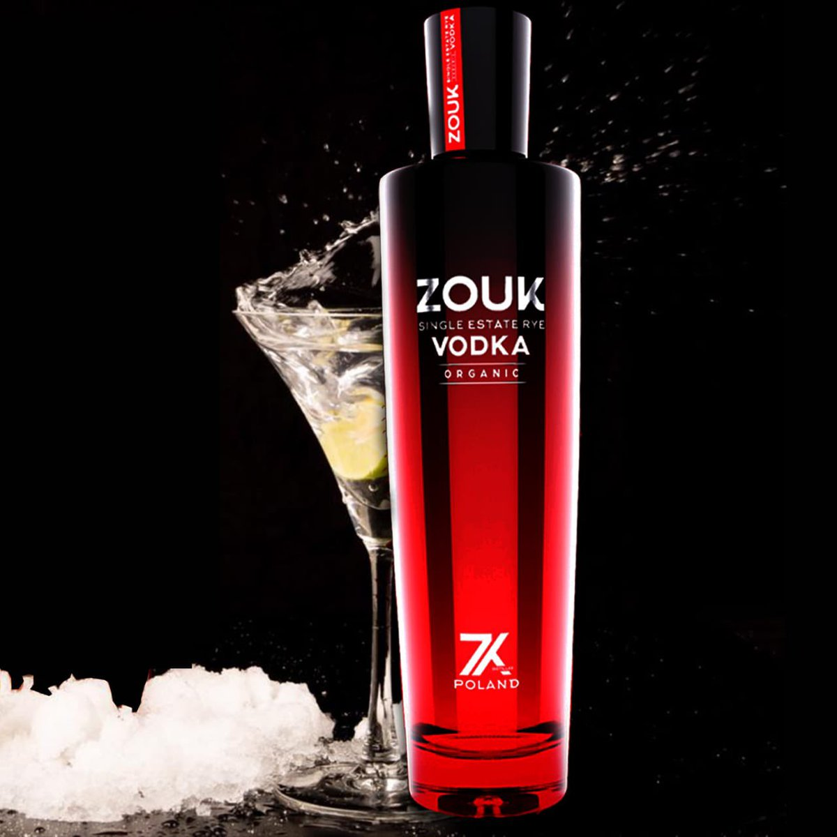Happy Monday Folks!   Enjoy Zouk Vodka and Chill out ✌🏻🍸  #zoukvodka #vodkamonday #happyvibes #mondaymood #mondayvibes