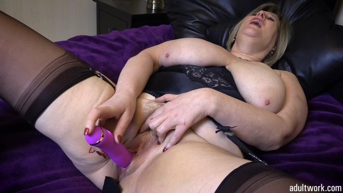 Another movie clip sold via #Adultwork.com! https://t.co/3FdSkVzAT3 Vibe goes deep in my wet pussy https://t