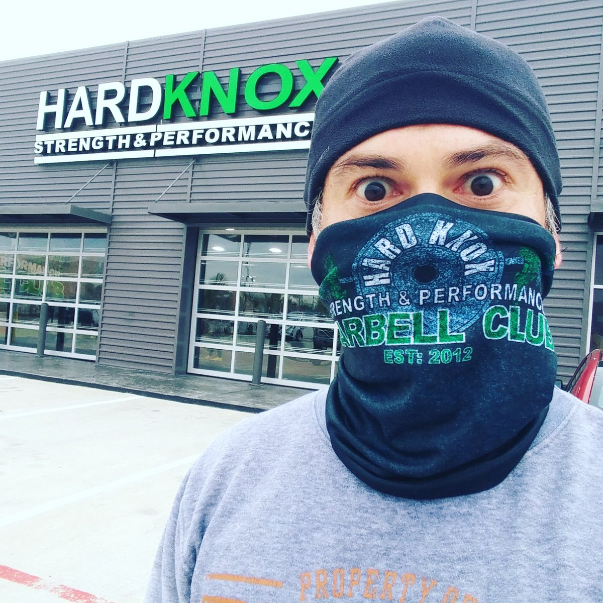 It's cold!⛄ 🚴🚴🚴 🏋🏋🏋 🏃🏃🏃 #HardknoxMornings #HardknoxStrong #workout #workoutmotivation #gym #barbell #bike #lift #run #running #runner #runningmotivation #TeamULTRA #LiveULTRA #doitforthecheers #Monday #MondayMotivation #MondayMadness