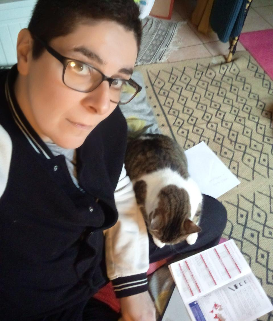 Bored to death calculating shipping costs for 2021 and other mind numbing admin tasks. But Medi my cat has decided to honour me with her presence. Lucky me! #blessed