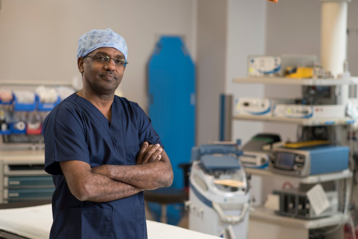 """Dr. Elrasheed Osman is the newest vascular surgeon at @tbrhsc_nwo, providing life- and limb-saving surgery closer to home for patients from across Northwestern Ontario!❤️  """"It's really about improving and saving peoples' lives."""" he said.  Read more:"""