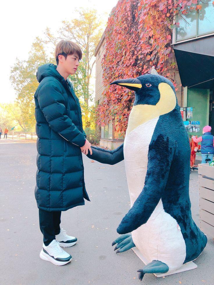 Secretly dating with Jin 💜💜💜 #KIMSEOKJIN #WeLoveYouJin #ARMYSelcaDay #HAPPYJINDAY