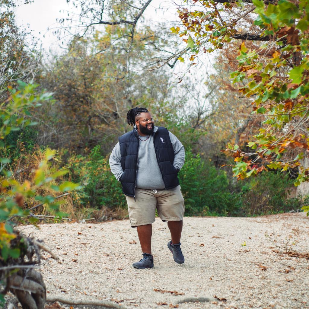 """""""For a lot of plus size people, we think that we have to keep up with whoever we are with... I can tell you now— that will not make your hike or experience as enjoyable."""" -Jeff Jenkins (Chubby Diaries) https://t.co/fPKouf9JnY https://t.co/dPzizVNflX"""