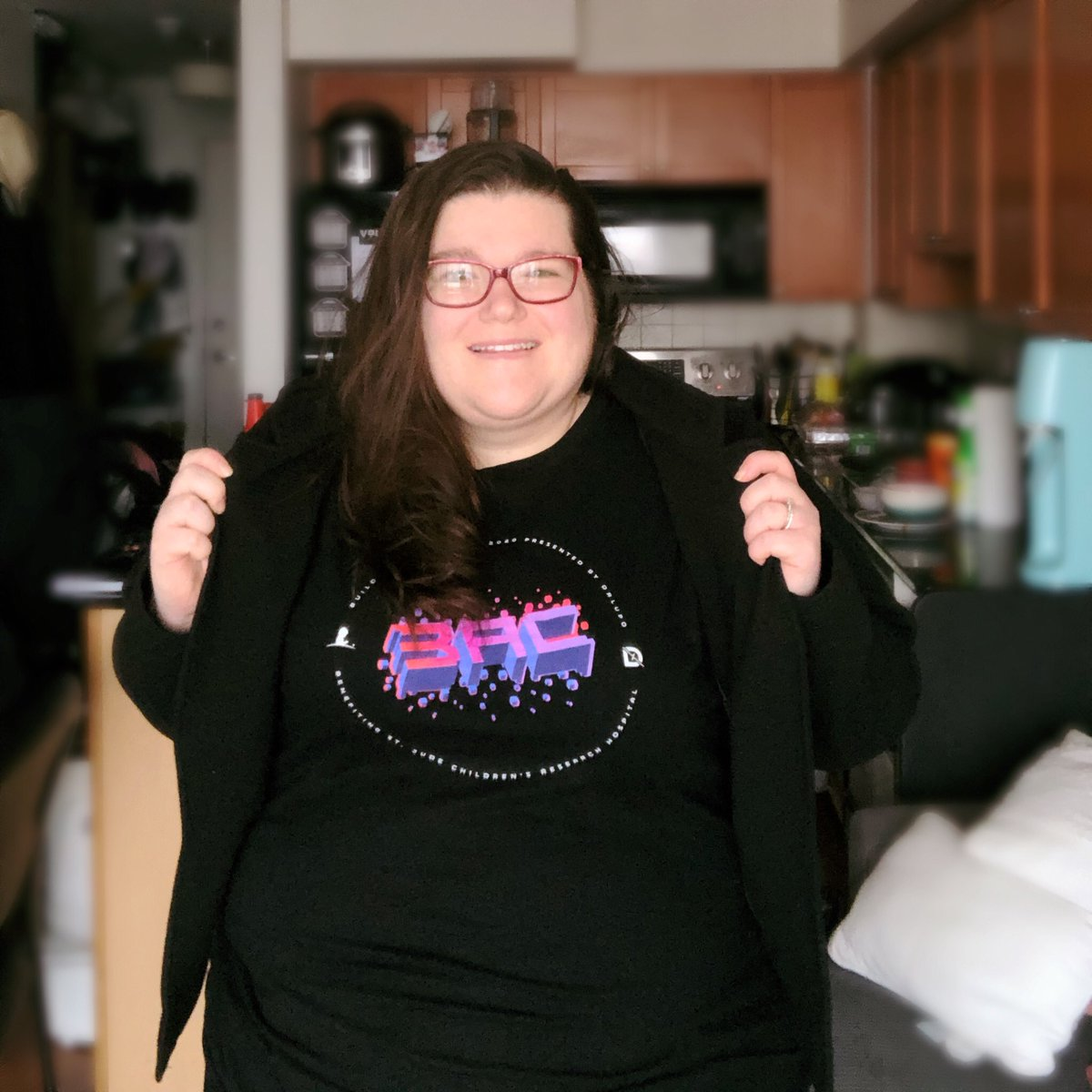 Happy Monday! Let's go out and crush this week and reach for our goals!   I thought I would model my new shirt that @drlupo released for @stjude and its amazing colours. (A gift from my husband)   #drlupo #stjude #plusppl #plussizemodel #bodypositivity #bodypositivitymodel